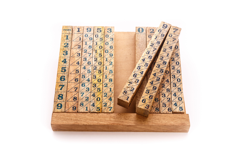 Baco neperiano 11 varillas de madera museo de la - Varillas de madera ...
