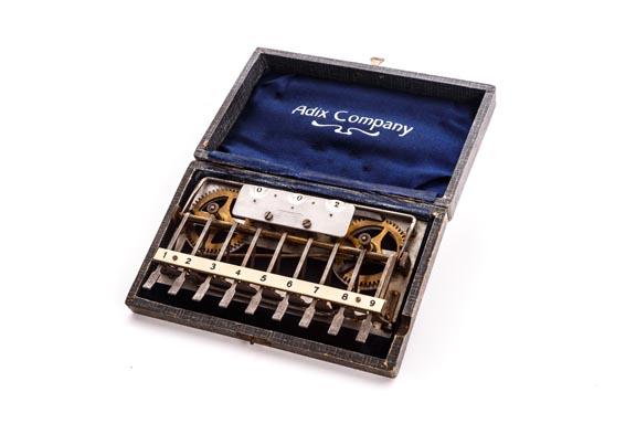 Calculadora SUMADORA ADIX (de palas)
