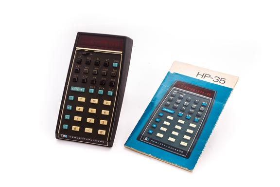 CALCULADORA ELECTRÓNICA HP-35