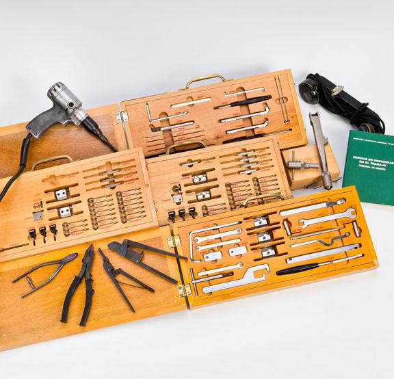 Herramientas para ajuste mecánico de Central Telefónica Pentaconta