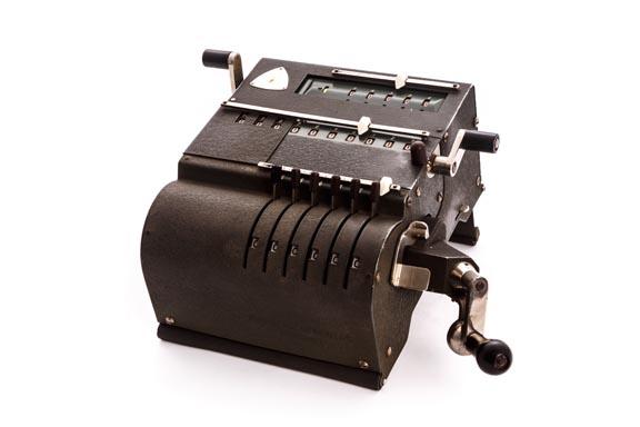 Calculadora mecánica BRUNSVIGA 10