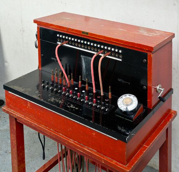 Standard Eléctrica 5581 modeloko telefono zentrala